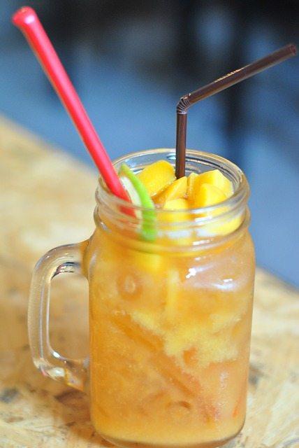 Cuban rum punch