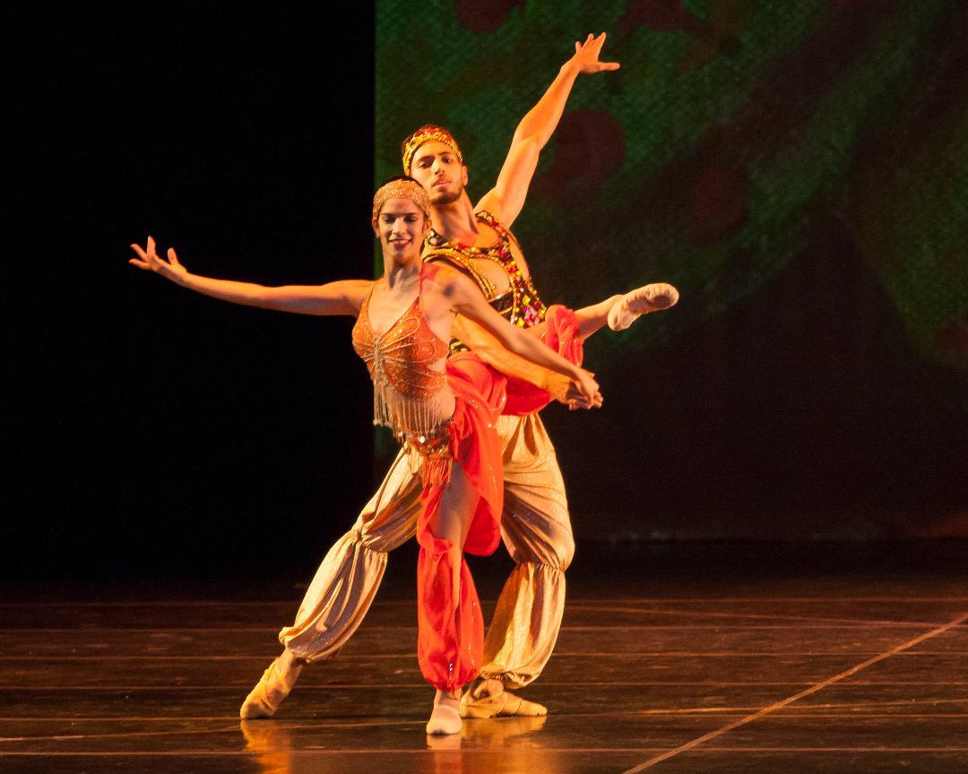 CCBM Scheherzade Photo Simon Soong - Ballet Clásico Cubano de Miami Joyas del Ballet Ruso