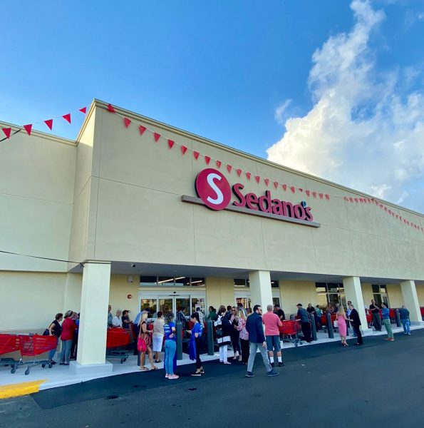 Sedanos Grand Opening 3 - Sedano's Supermarkets announces the opening of its 35th location in Florida with a new store in Hialeah