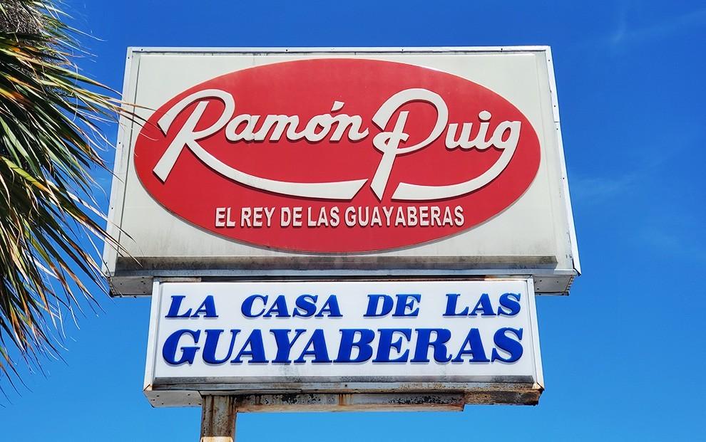 ramon puig sign - Extrañaremos a Ramón Puig el Rey de las Guayaberas