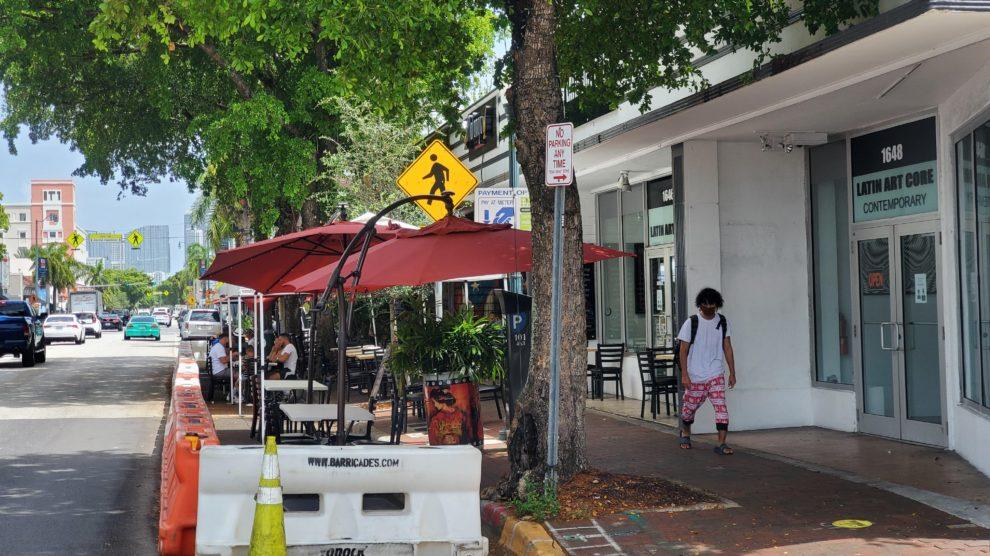 Rest 2 990x556 - Programa de Recuperación de Restaurantes continúa en efecto