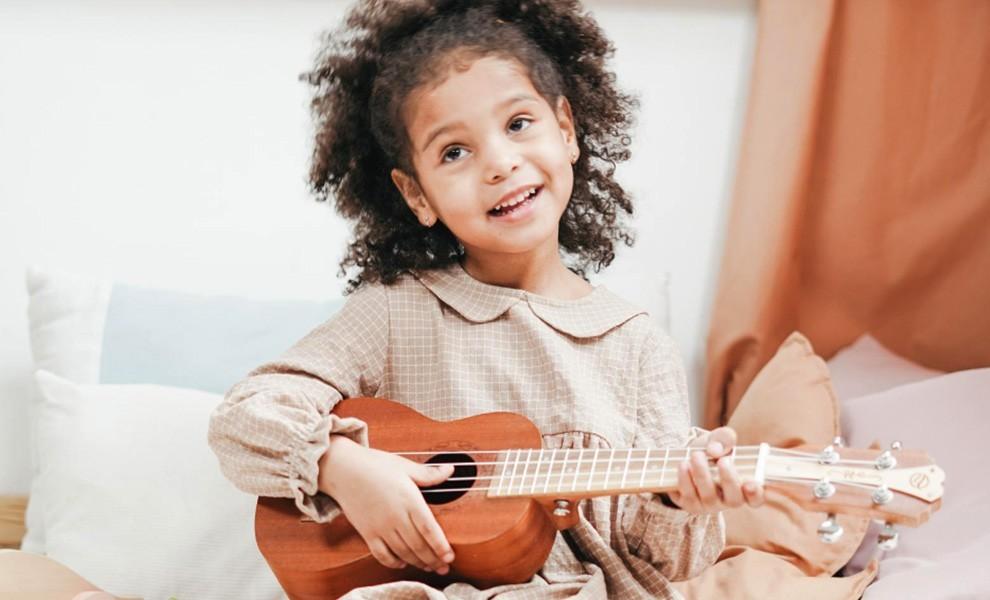 """virtualoso talent show child - ¿Es usted una estrella? ¡Demuéstrelo participando en el concurso de talentos """"VIRTUALOSO""""!"""