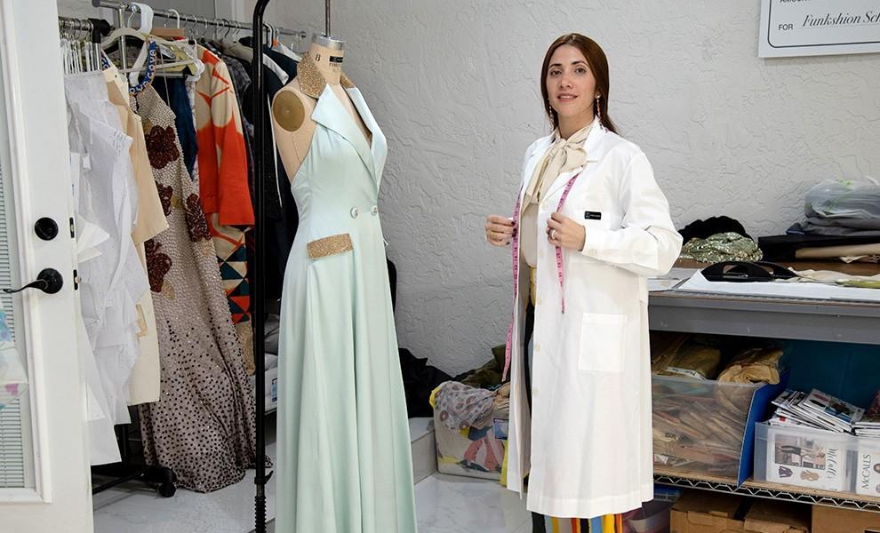 judith cabrera at work - La diseñadora de ropa Judith Cabrera cree en retribuir