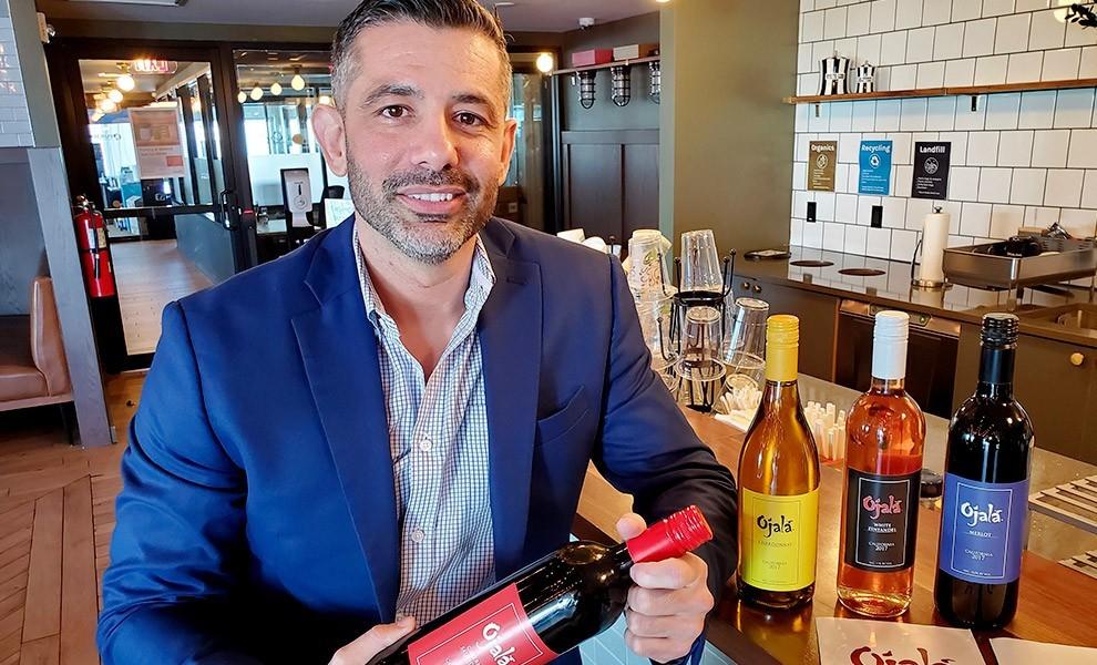 ace cruz ojala wines bar - Vinos Ojalá son sostenible, local, y delicioso