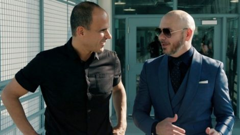Marcus Lemonis and Pitbull