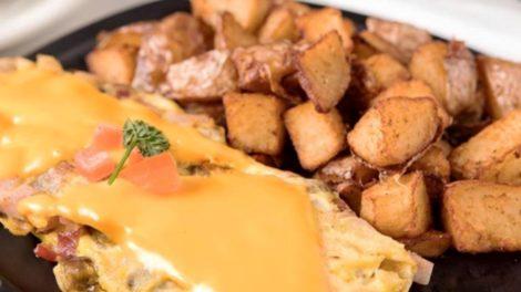 Pollo Frito Queso Desayuno