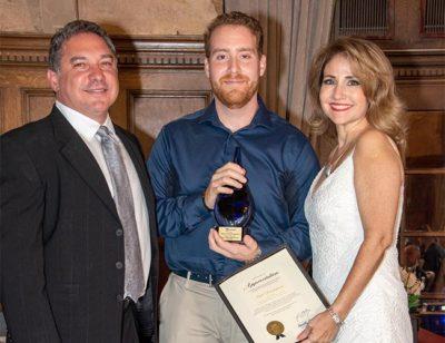 alponzo mouring chamber of commerce 3 1 e1626639415516 - Alonzo Mourning honrado como Campeón de la Comunidad por SFLHCC